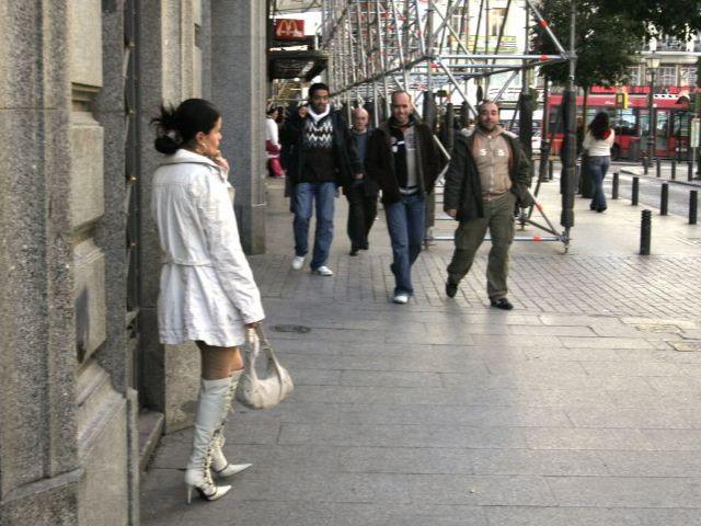 prostitutas vallecas prostitutas baratas barcelona
